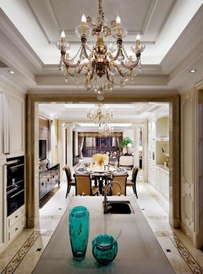 廚房中島效果圖 廚房中島裝修效果圖 廚房吊燈
