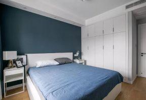 北歐臥室裝修效果 臥室入墻式衣柜效果圖片