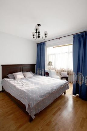 臥室木地板圖片 窗簾隔斷圖片