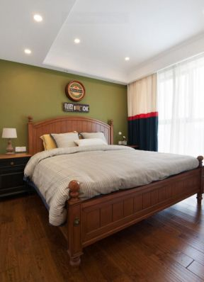實木床的圖片 兒童房窗簾效果圖