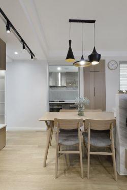簡約小戶型新房餐廳吊燈裝修設計圖