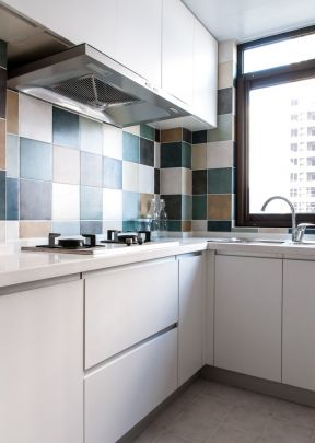 簡約風格廚房裝修圖片 廚房墻磚顏色