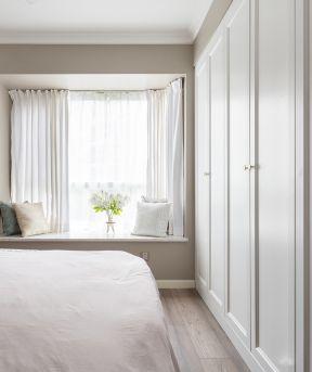 臥室飄窗臺設計 家裝臥室飄窗  臥室飄窗設計