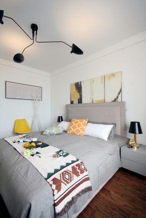 現代臥室裝修風格效果圖  臥室燈具效果 臥室燈具設計