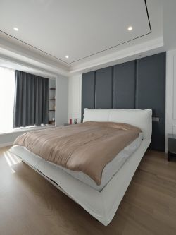簡約臥室床頭軟包背景墻裝修設計圖欣賞