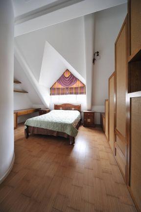 閣樓臥室裝修圖片 閣樓臥室設計圖片
