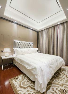 臥室窗簾裝飾圖 三居室臥室裝修效果圖