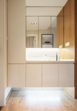新房裝修簡約洗手臺鏡子效果圖片