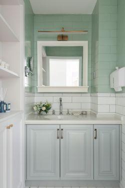 新房裝修衛生間洗手臺設計效果圖