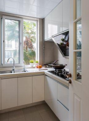 簡約廚房裝修設計圖 簡約廚房裝飾效果圖 廚房轉角櫥柜
