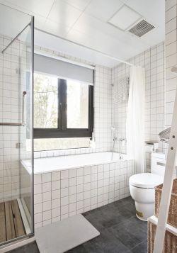 北歐風格衛生間浴簾隔斷效果圖