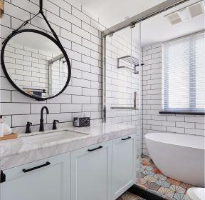 北歐衛生間室內玻璃隔斷設計實景圖-每日推薦