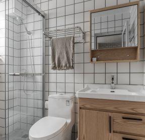 北歐小戶型衛生間玻璃隔斷裝修設計-每日推薦