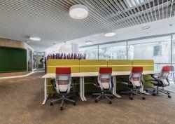 東莞公司辦公室辦公桌隔斷設計裝修圖片
