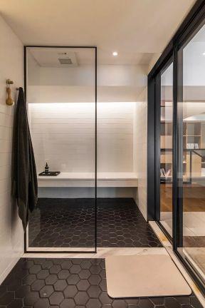 卫生间玻璃隔断装修效果图片 卫生间玻璃隔断效果图