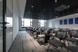 現代風格公司辦公室培訓室裝修效果圖