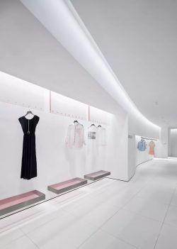 極簡風格服裝店裝潢設計圖片大全