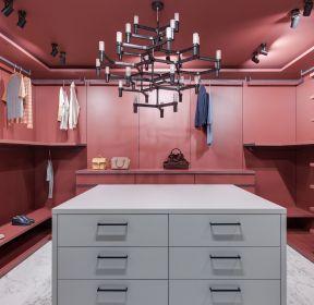 別墅衣帽間粉色墻面裝修設計圖-每日推薦
