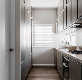 歐式風格廚房整體櫥柜設計圖片-每日推薦
