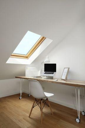 閣樓書房設計 書房書桌效果圖 書房書桌設計