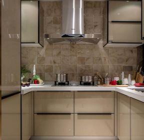 100平米现代u型厨房装修设计效果图-每日推荐