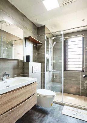 衛生間玻璃隔斷裝修效果圖片 現代衛生間