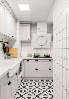 歐式廚房裝修設計效果圖 歐式風格廚房設計 歐式風格廚房裝修
