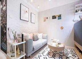 單身公寓客廳 小型客廳裝修效果圖 小型客廳效果圖