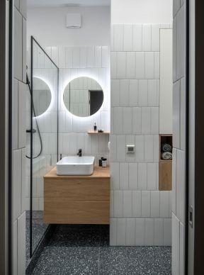 衛生間簡單裝修設計圖 衛生間簡單的裝修圖 簡約衛生間裝修圖