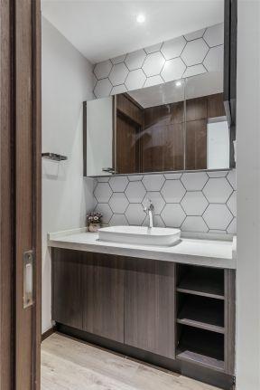 现代简约小卫生间台盆柜装修图片