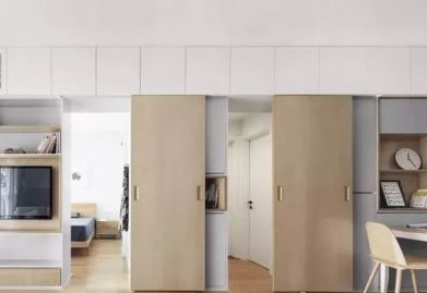 70㎡现代混搭风,电视墙旁2扇隐形门,对称处理好漂亮