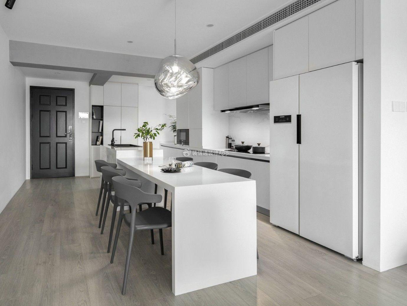 现代简约风格开放式厨房餐厅装修图片