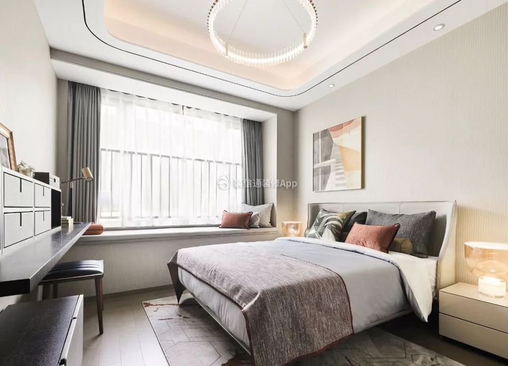 三室二厅样板房卧室飘窗装修设计图