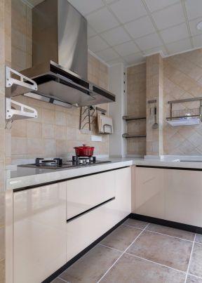 厨房吊顶效果图片 家庭厨房装修设计效果图片
