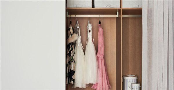 260平米四居室设计衣柜效果图
