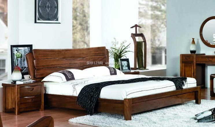 宜华家居 尺寸:1500*2983mm 描述:宜华家居实木床5独特的风格设计,给图片