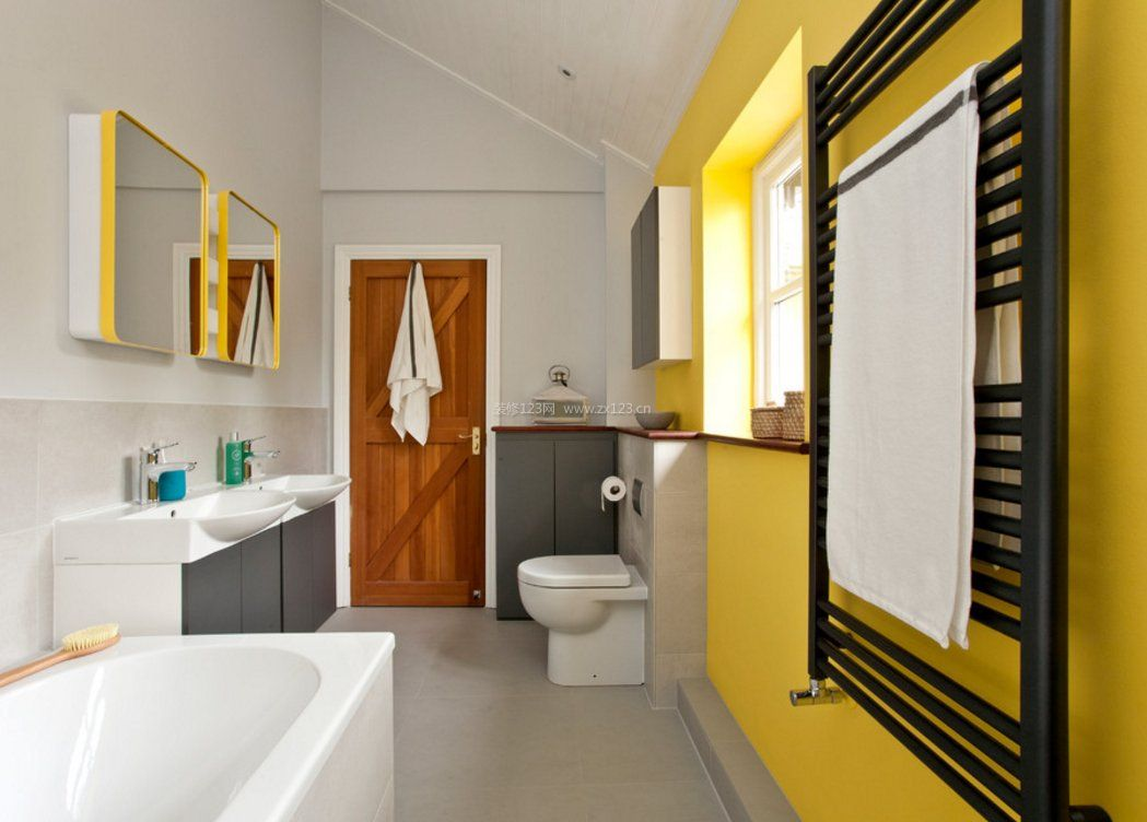 家庭浴室毛巾架黑色装修图片大全