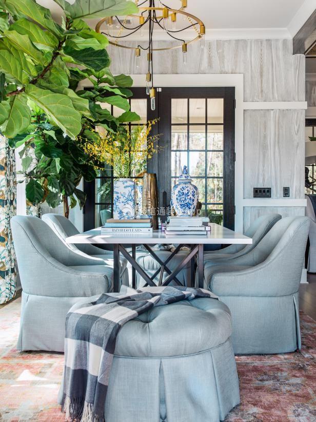 法式乡村风格餐厅白色长方形餐桌摆放图片赏析
