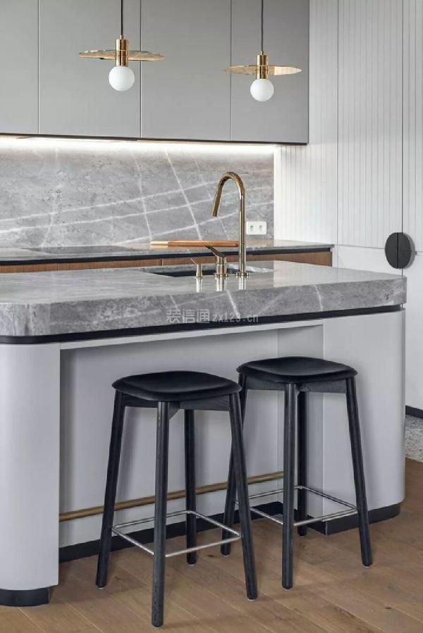 阁楼厨房岛台设计效果图