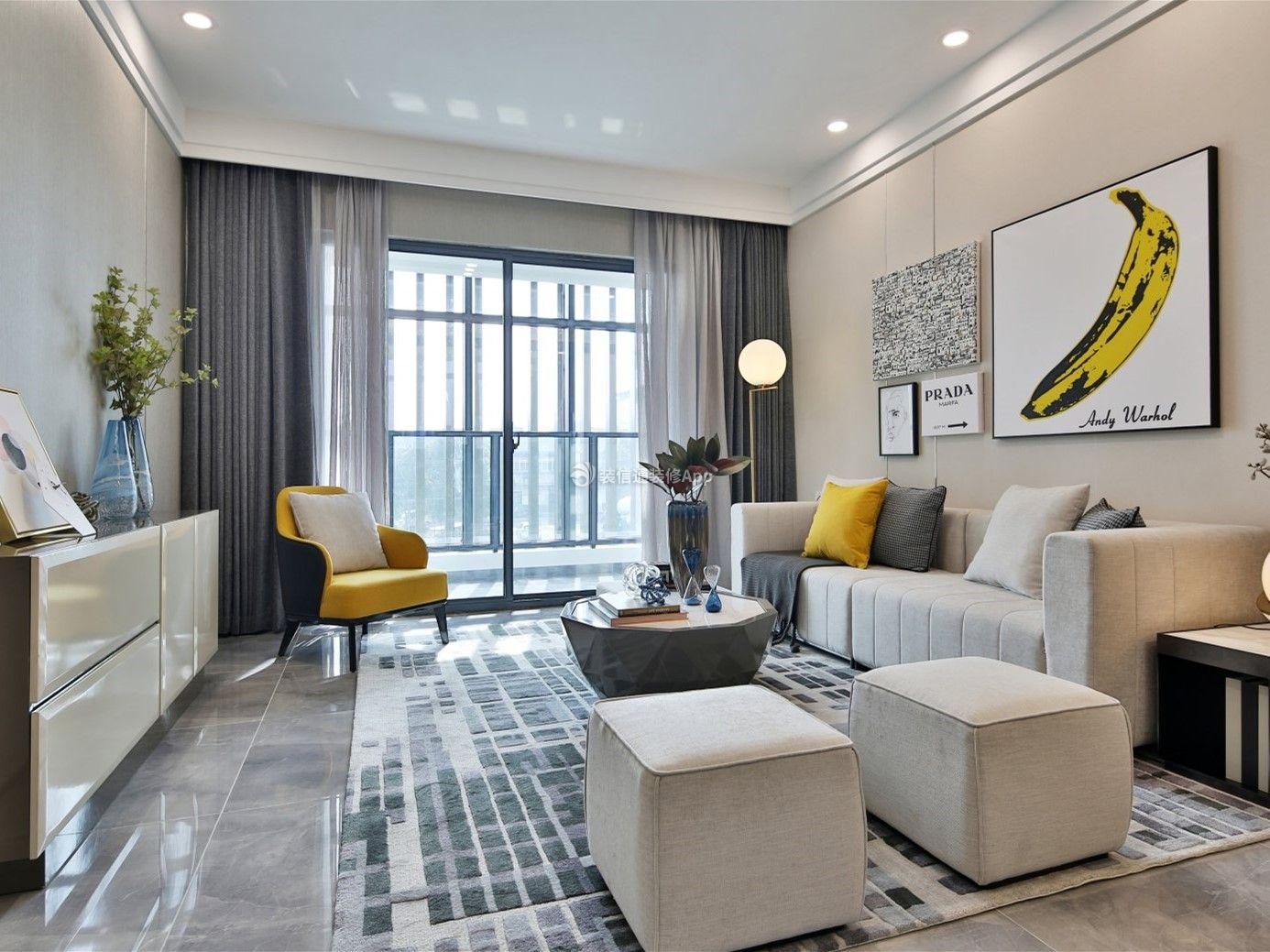 100平米三室一厅客厅背景墙装修设计图欣赏